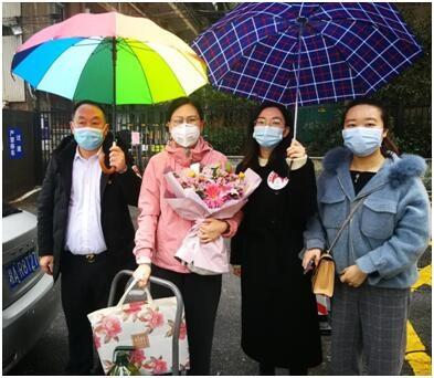 【人民战疫】湖南省侨联志愿服务队走访慰问抗疫一线医护人员家属