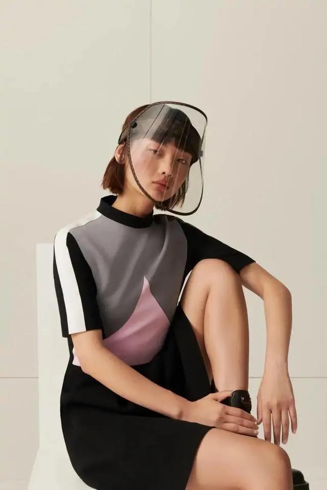 LV宣布发售标价6000多人民币防疫面罩